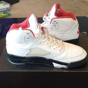 Jordan Shoes - 2020 jordan 5 silver tongue 8.5 of 10 condition